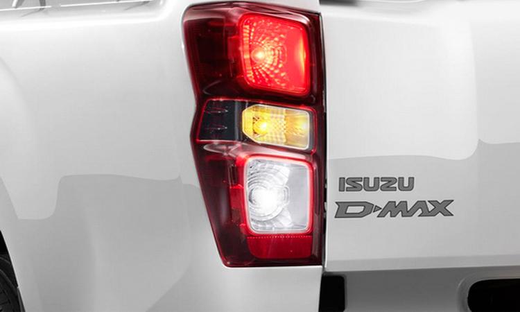 ไฟท้าย ISUZU D-MAX SPARK 2020