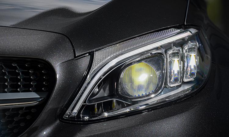 ไฟหน้า Mercedes-Benz C 200 Coupe' 2020