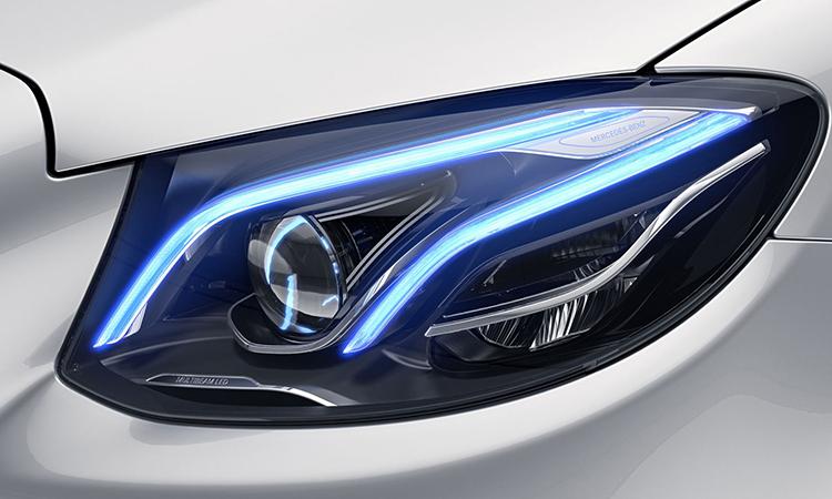 ไฟหน้า Mercedes-Benz E200 Coupé AMG Dynamic 2020