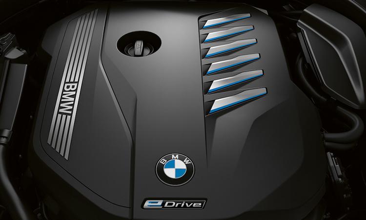 เครื่องยนต์ BMW 730Ld sDrive M Sport