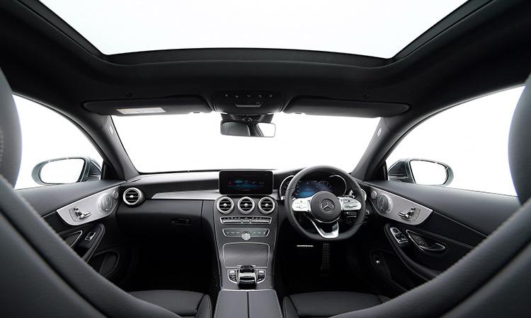 ภายใน Mercedes-Benz C 200 Coupe' 2020