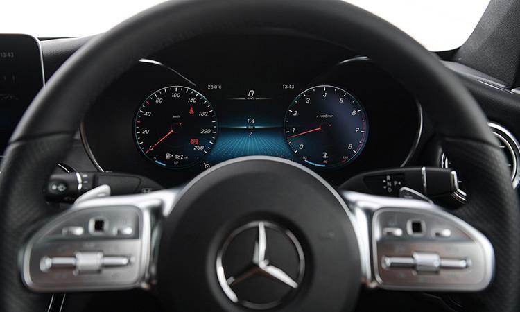พวงมาลัย Mercedes-Benz C 200 Coupe' 2020