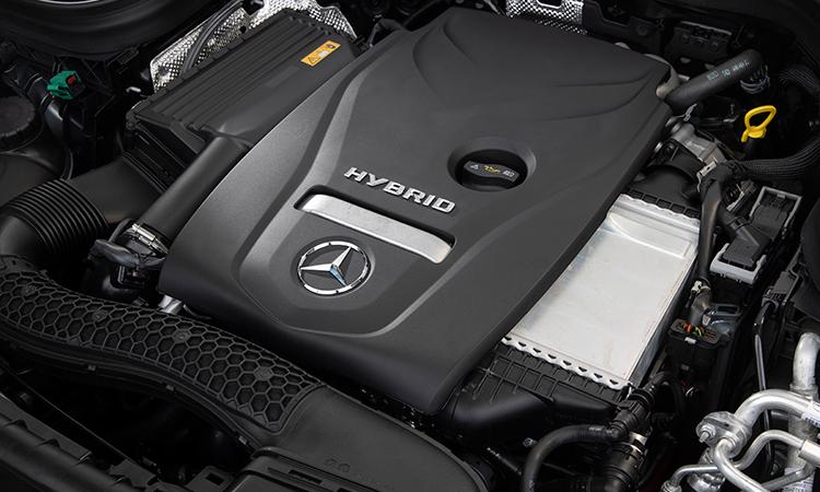 เครื่องยนต์ Hybrid Mercedes-Benz GLC 300e Plug-in