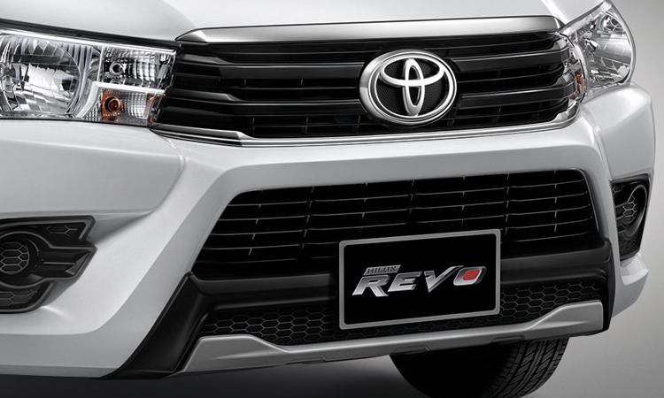 กระจังหน้า Toyota Hilux Revo Standard Cab