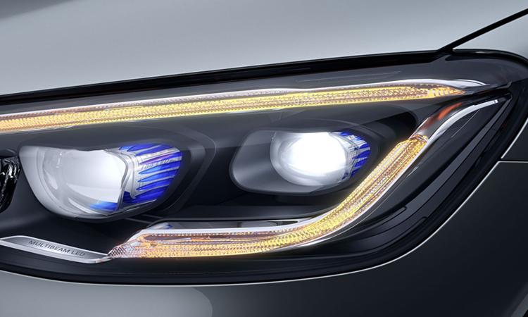 ไฟหน้า Hybrid Mercedes-Benz GLC 300e Plug-in