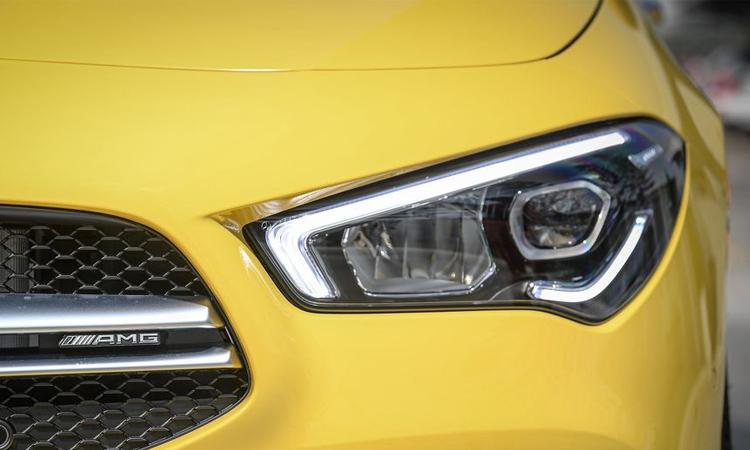 ไฟหน้า Mercedes-AMG CLA 35 4MATIC