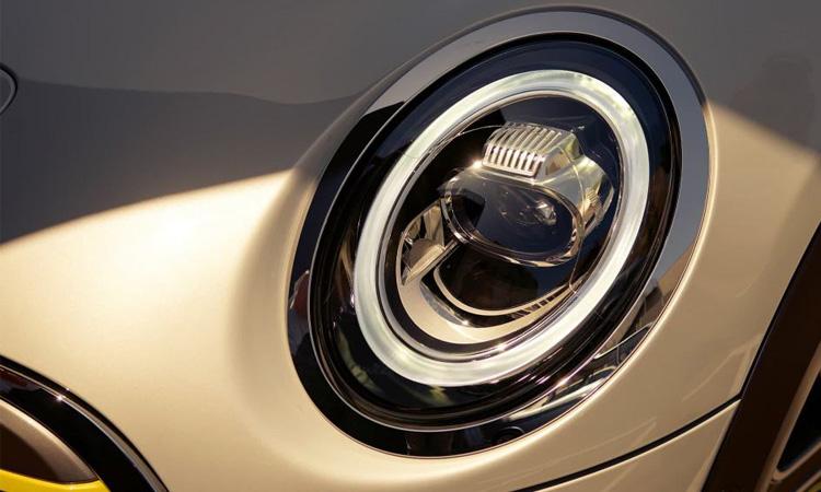 โคมไฟหน้า MINI Cooper SE
