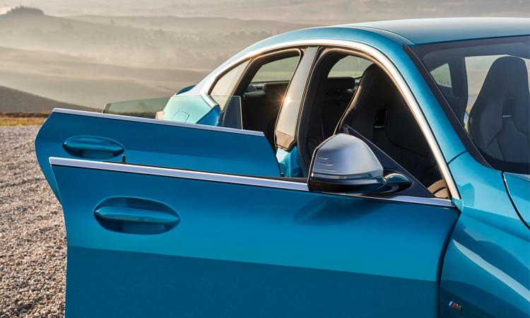 ประตู BMW 218i Gran Coupe'