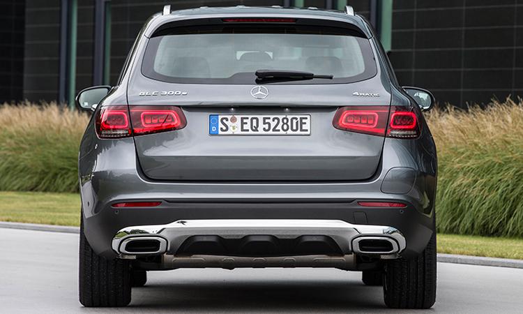 หลัง Hybrid Mercedes-Benz GLC 300e Plug-in