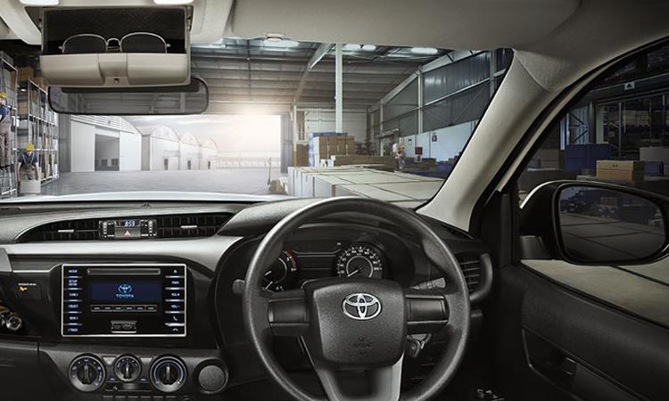 ภายใน Toyota Hilux Revo Standard Cab