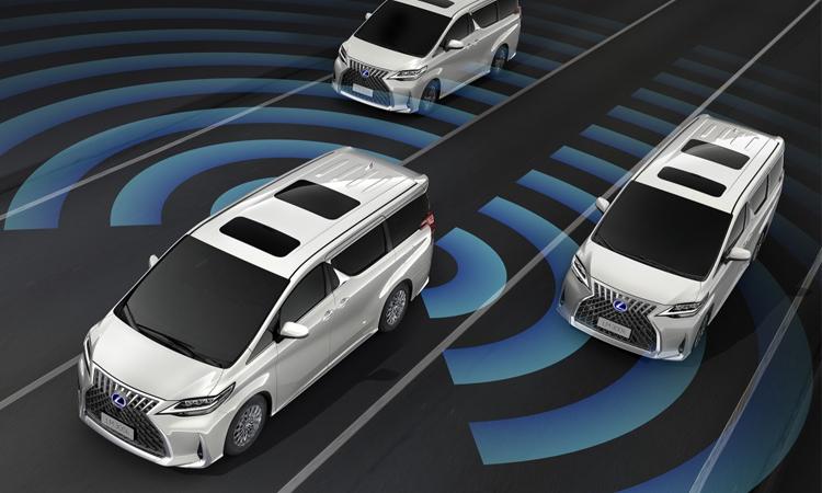 ระบบความปลอดภัย Lexus LM 300h