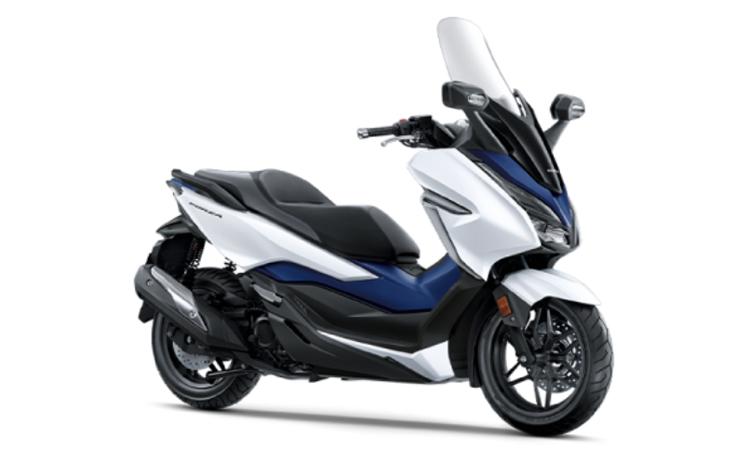 Honda Forza 300 สี ขาว-น้ำเงิน