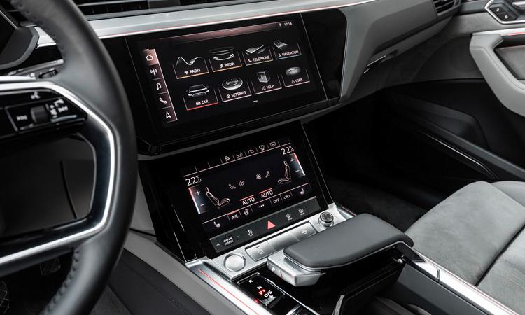 จอ Audi e-tron
