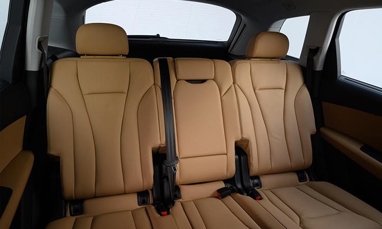 เบาะหลัง Audi Q7 Minorchange 45 TDI quattro