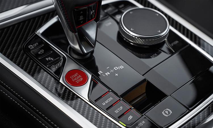 ปุ่มควบคุม BMW M8 Competition Coupe'
