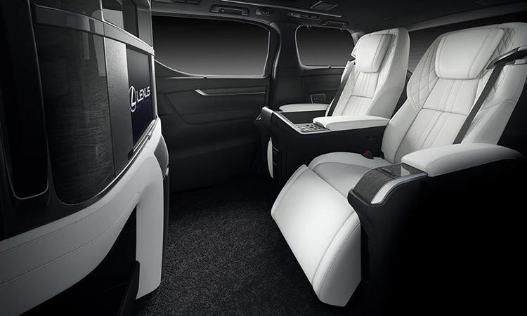 การออกแบบที่วางขา Lexus LM 300h