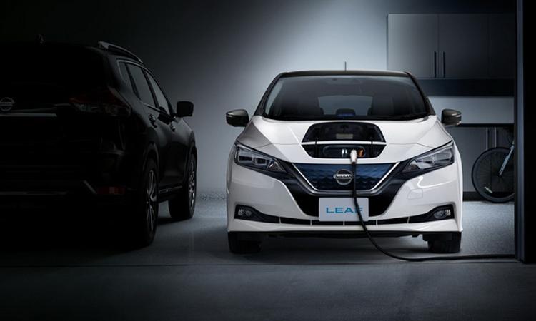 Nissan LEAF รถยนต์ไฟฟ้า