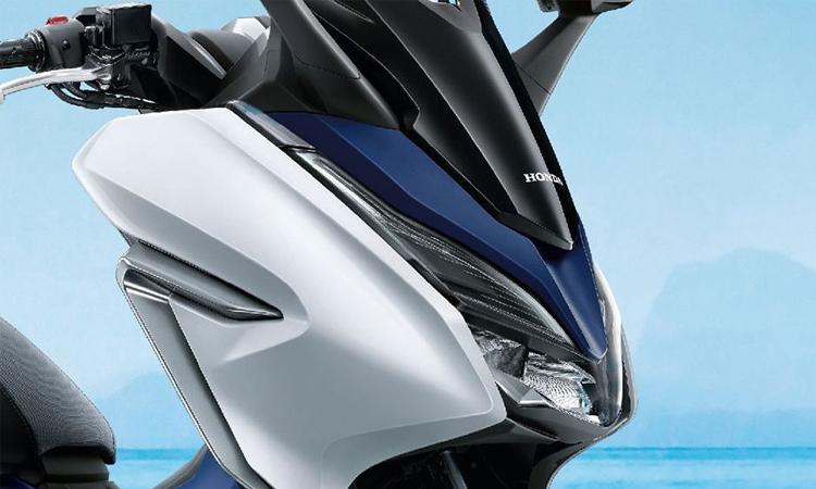 ดีไซน์ด้านหน้า Honda Forza 300