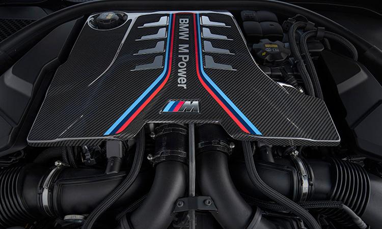 เครื่องยนต์ BMW M8 Competition Coupe'