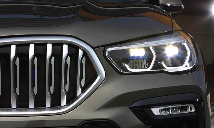 ไฟหน้า BMW X6 xDrive30d M Sport