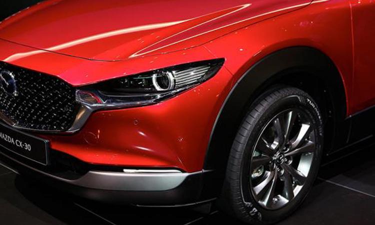 ดีไซน์ด้านหน้า Mazda CX-30