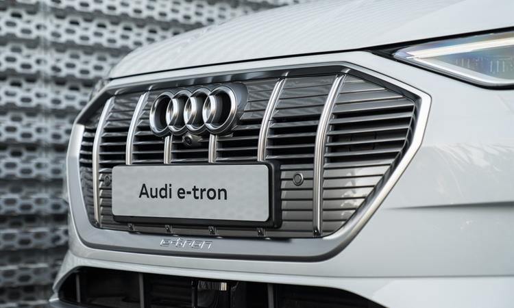 กระจังหน้า Audi e-tron
