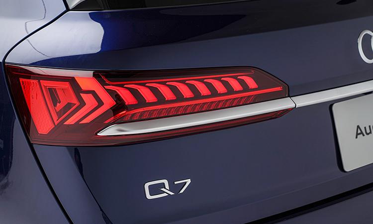 ไฟท้าย Audi Q7 Minorchange 45 TDI quattro