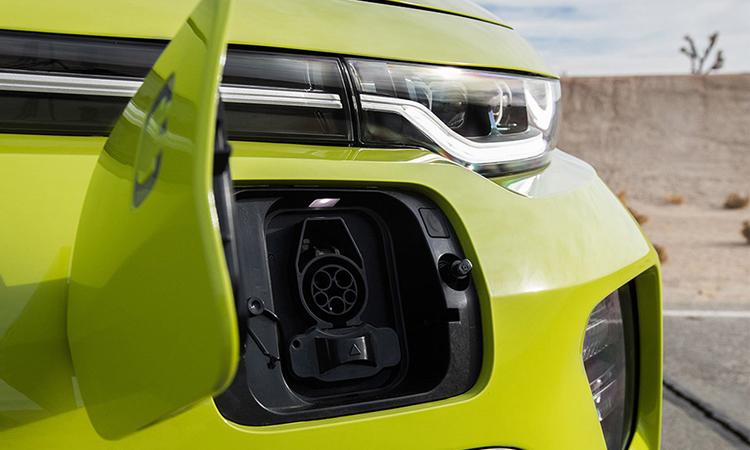 ช่องชาร์จไฟด้านหน้า Kia Soul EV 2020