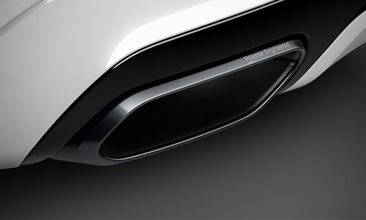 ปลายท้อ Volvo XC60 T8 AWD Polestar Engineered