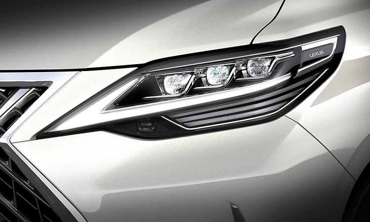 ไฟหน้า Lexus LM 300h