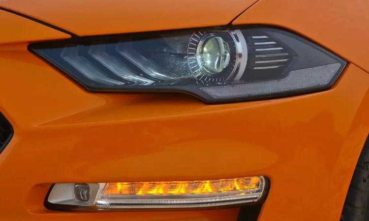 ไฟหน้า Ford Mustang