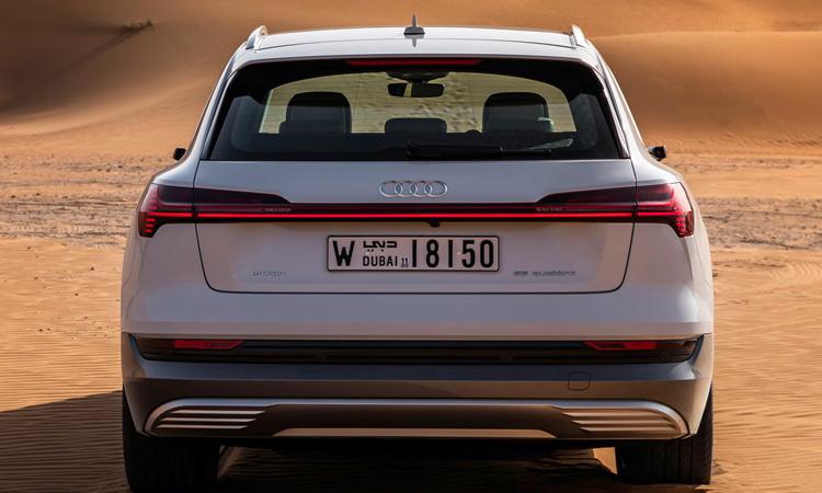 ท้าย Audi e-tron