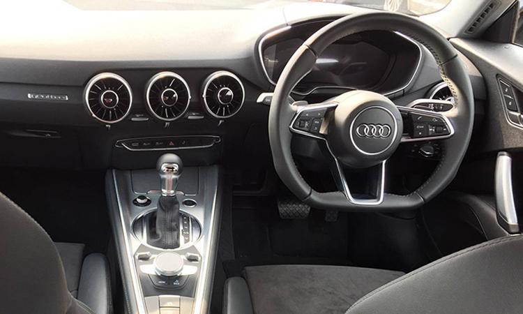 ภายใน Audi TT Coupe' 45 TFSI quattro S-Line 2020