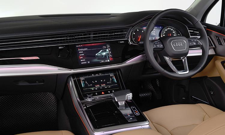 ภายใน Audi Q7 Minorchange 45 TDI quattro