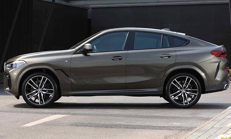 ดีไซน์ด้านข้าง BMW X6 xDrive30d M Sport