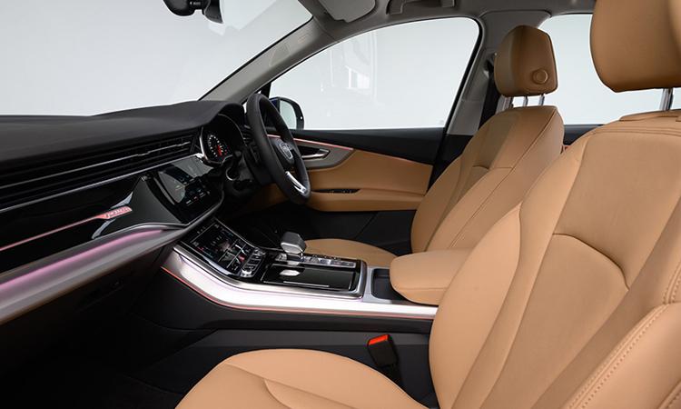 ดีไซน์ด้านใน Audi Q7 Minorchange 45 TDI quattro