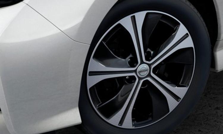 ล้อแม็ก Nissan LEAF