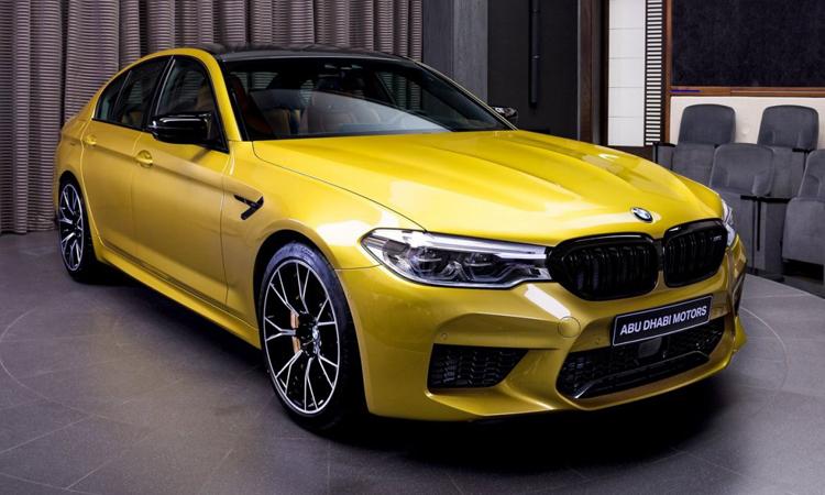 NEW BMW M5 Competition สีเหลือง Austin Yellow
