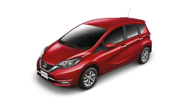 Nissan NOTE สีแดง Radiant Red