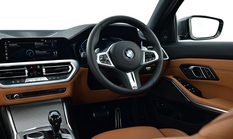 พวงมาลัย BMW 330e M Sport (Plug-in Hybrid)