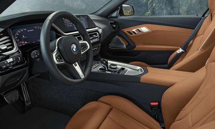 พวงมาลัย BMW Z4