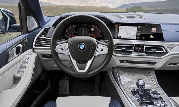 พวงมาลัย BMW X7 M50d