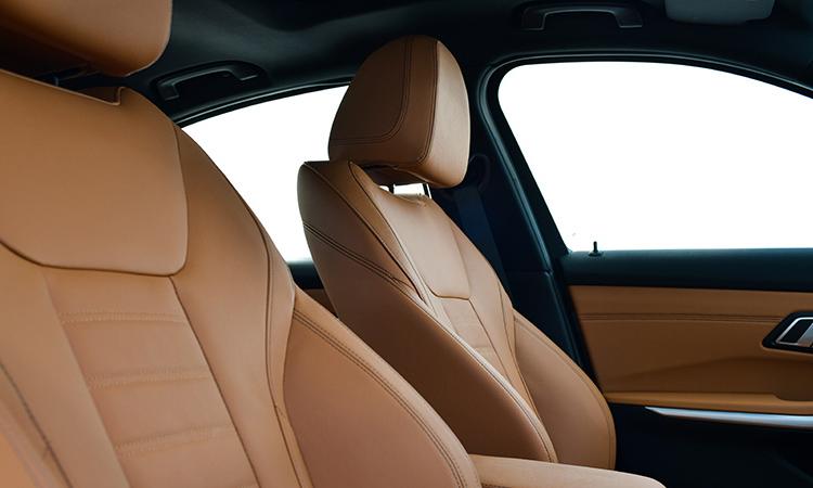 ดีไซน์เบาะ BMW 330e M Sport (Plug-in Hybrid)