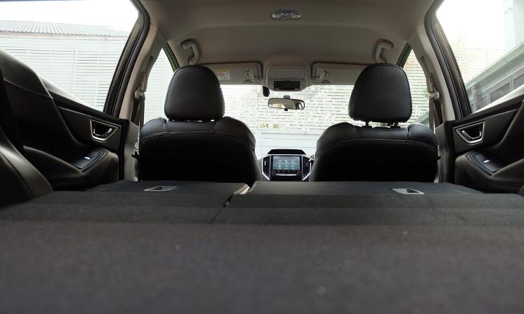 ที่เก็บของด้านหลัง Subaru Forester GT Edition