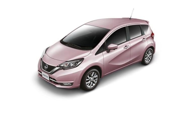 Nissan NOTE สีชมพู Sweet Pink