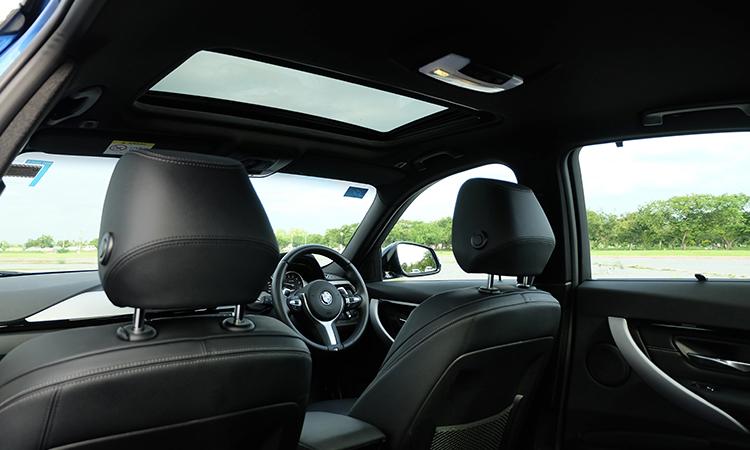 หลังคาซันรูฟ BMW 330e M Sport (Plug-in Hybrid)