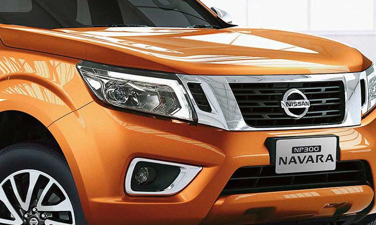 กระจังหน้า Nissan Navara King Cab