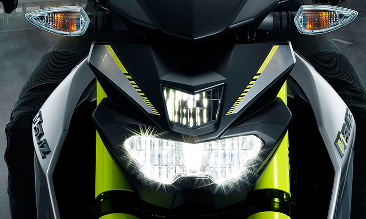 ไฟหน้า Yamaha M-SLAZ