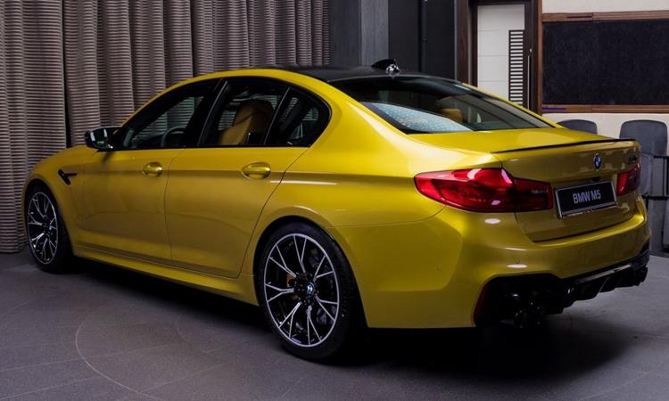 ีไซน์ตัวถัง BMW M5 Competition