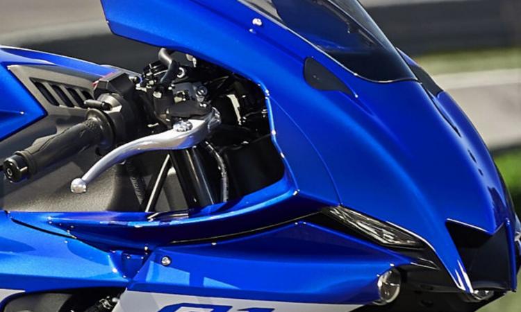 ิชิวหน้า Yamaha YZF-R1